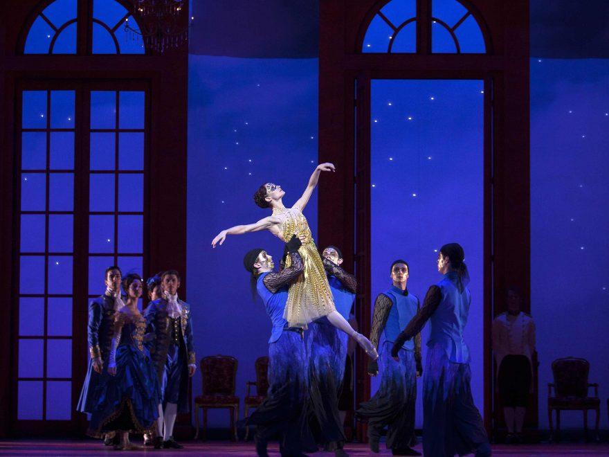 Dutch National Ballet in Christopher Wheeldon's Cinderella © Angela Sterling