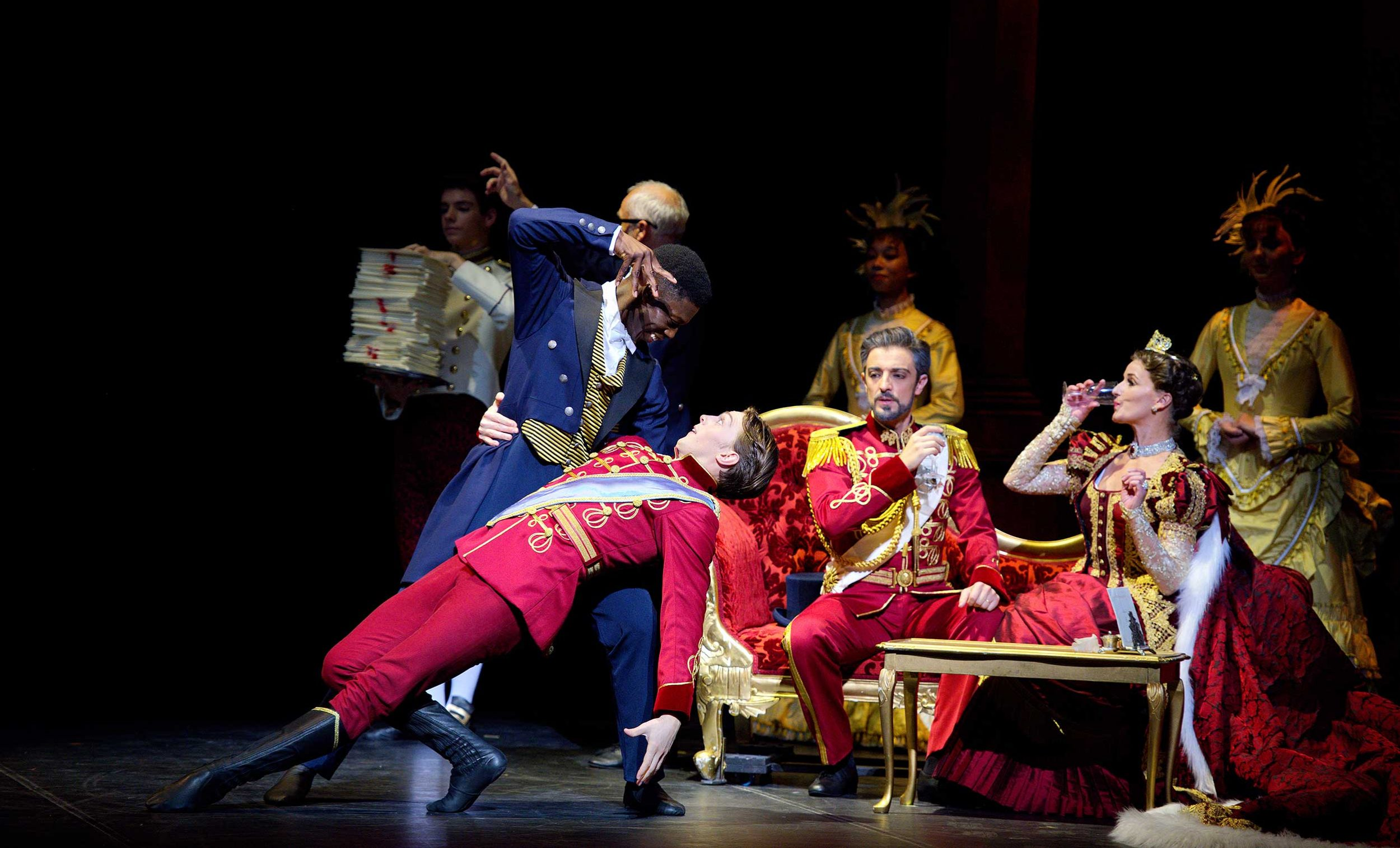 WEB-Brooklyn-Mack-and-Joseph-Caley-with-Jane-Haworth-and-Fernando-Bufala-in-English-National-Ballet's-Cinderella-(c)-Laurent-Liotardo-(1)