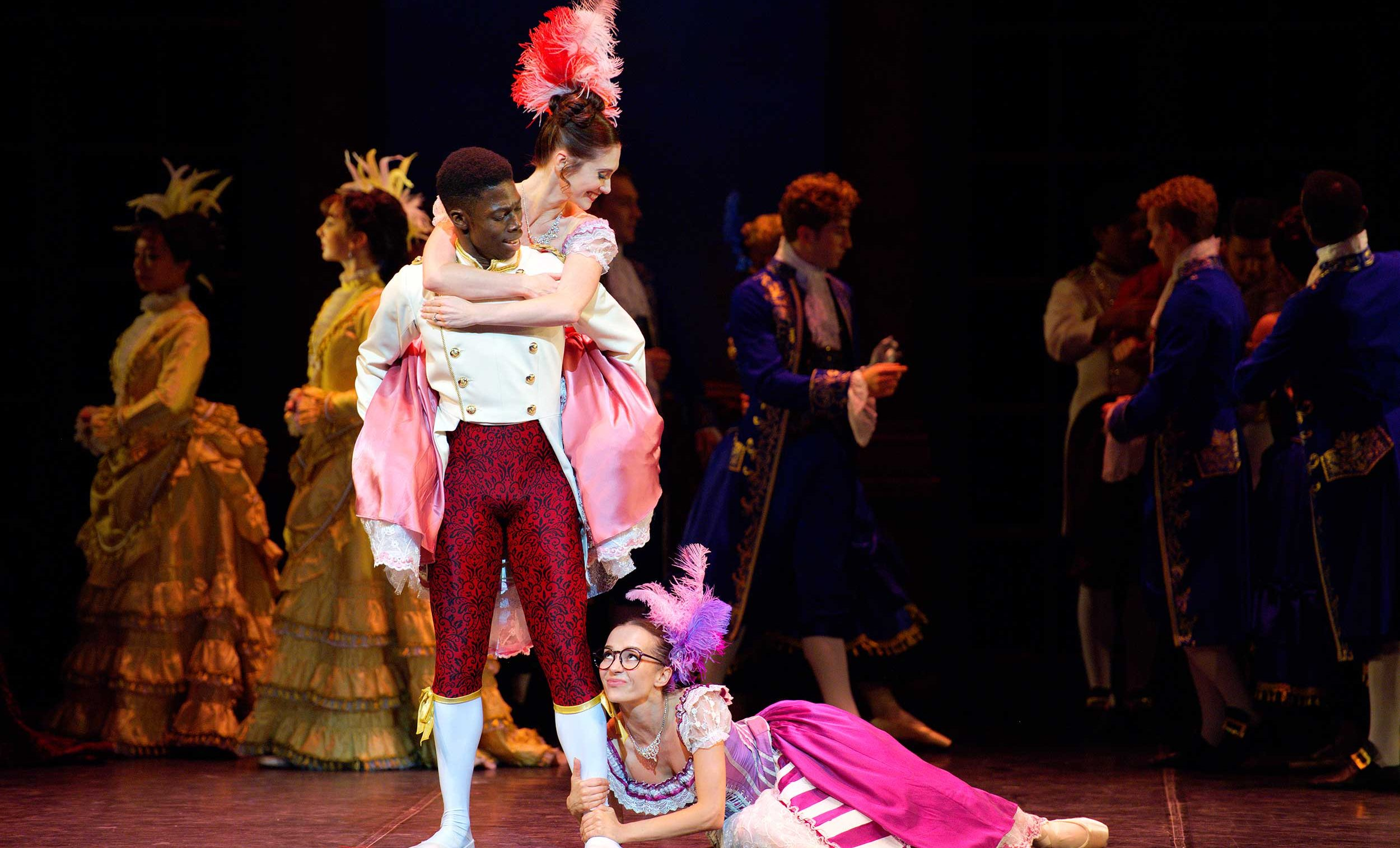WEB-Brooklyn-Mack-with-Katja-Khaiukova-and-Alison-McWhinney-in-English-National-Ballet's-Cinderella-(C)-Laurent-Liotardo