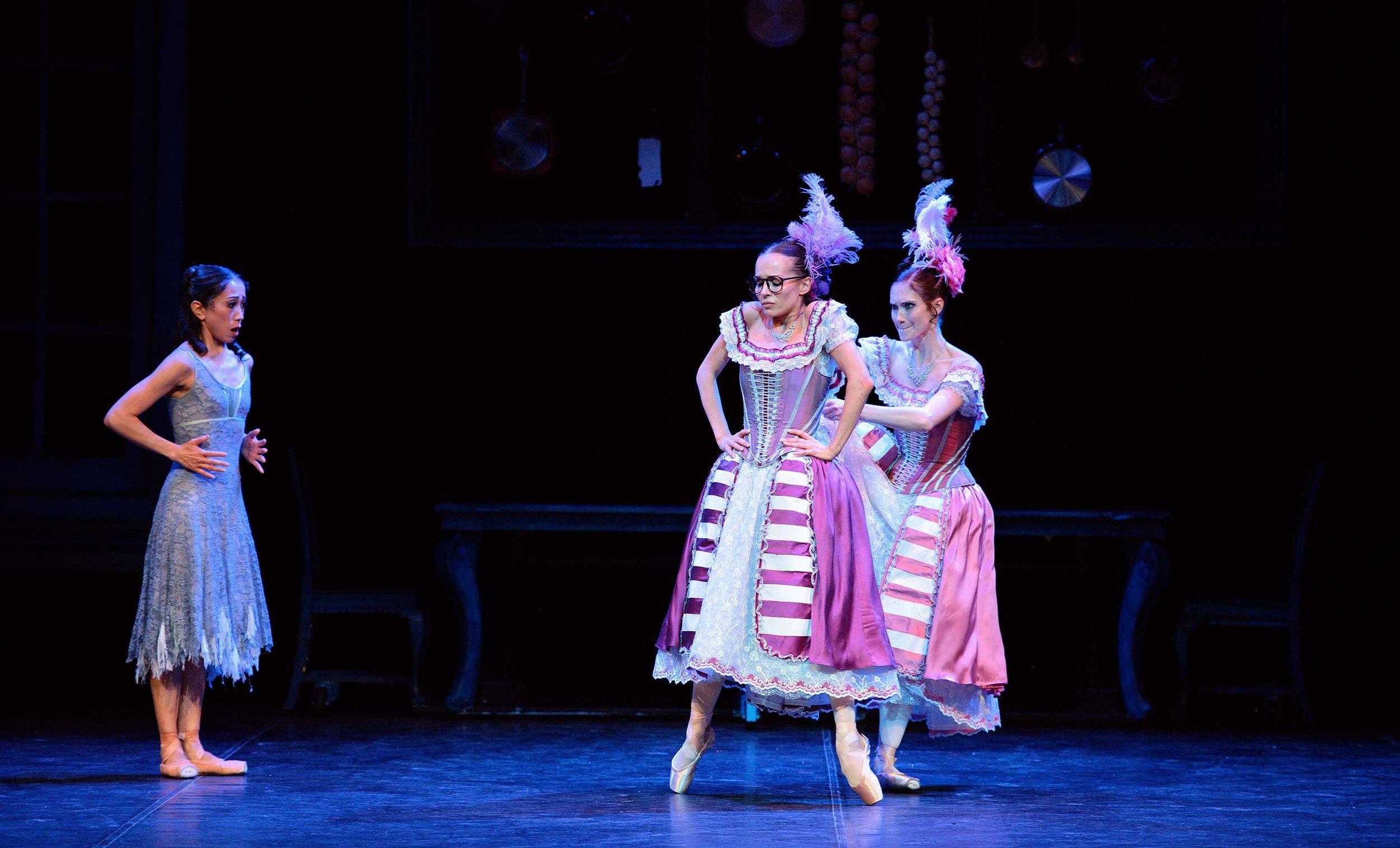 WEB-Erina-Takahashi-with-Katja-Khaiukova-and-Alison-McWhinney-in-English-National-Ballet's-Cinderella-(C)-Laurent-Liotardo