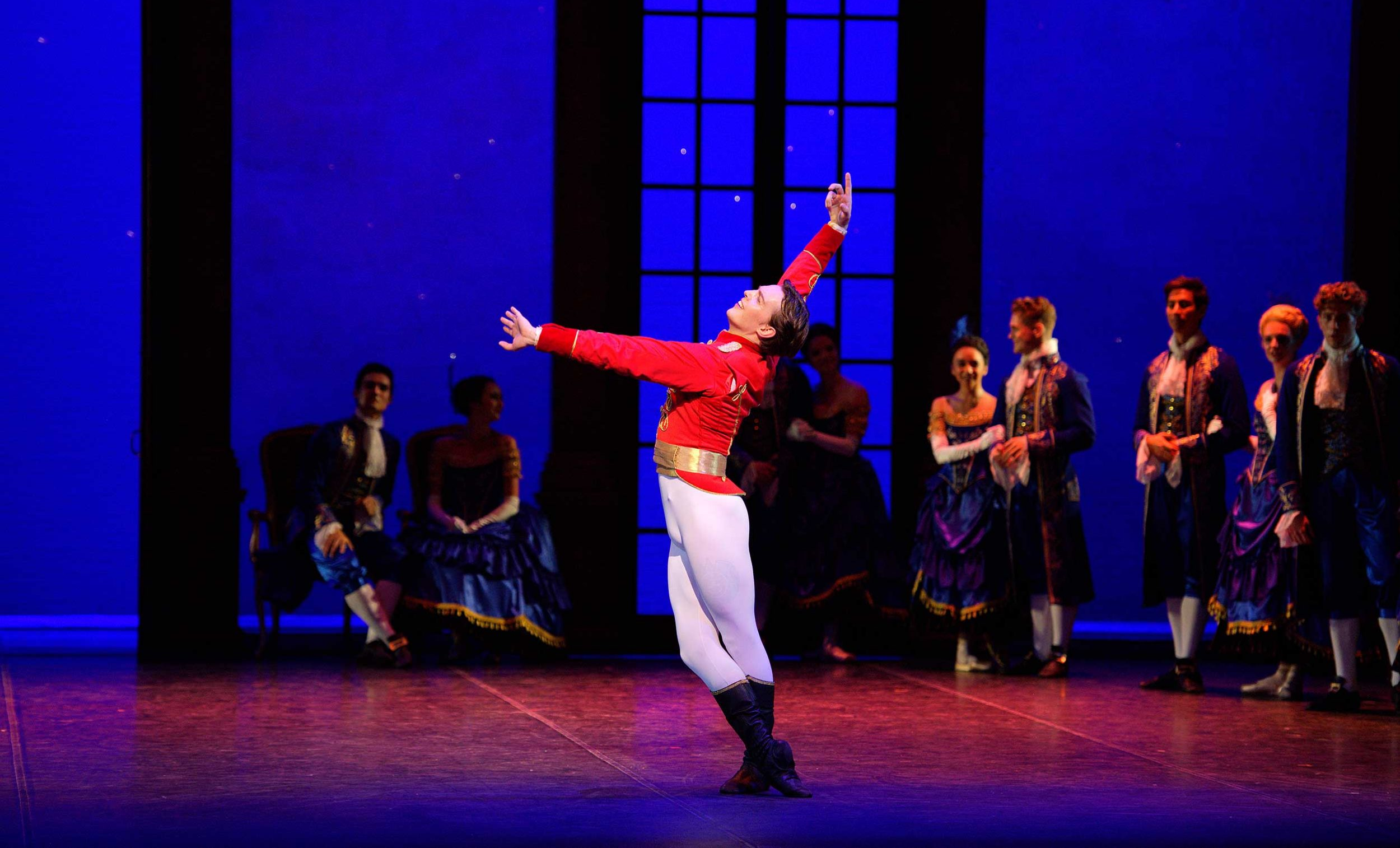 WEB-Joseph-Caley-in-English-National-Ballet's-Cinderella-(c)-Laurent-Liotardo