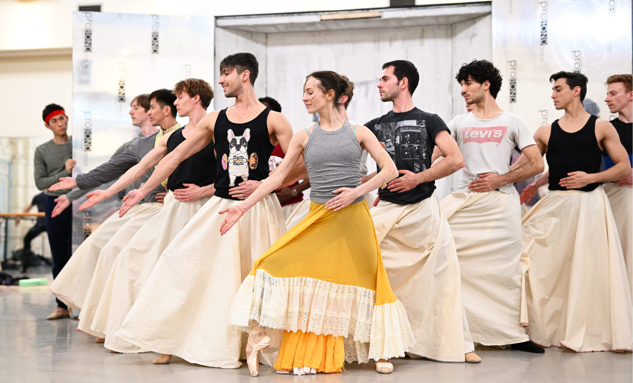Katja Khaniukova and English National Ballet Artists rehearsing Annabelle Lopez Ochoa's Broken Wings © Laurent Liotardo