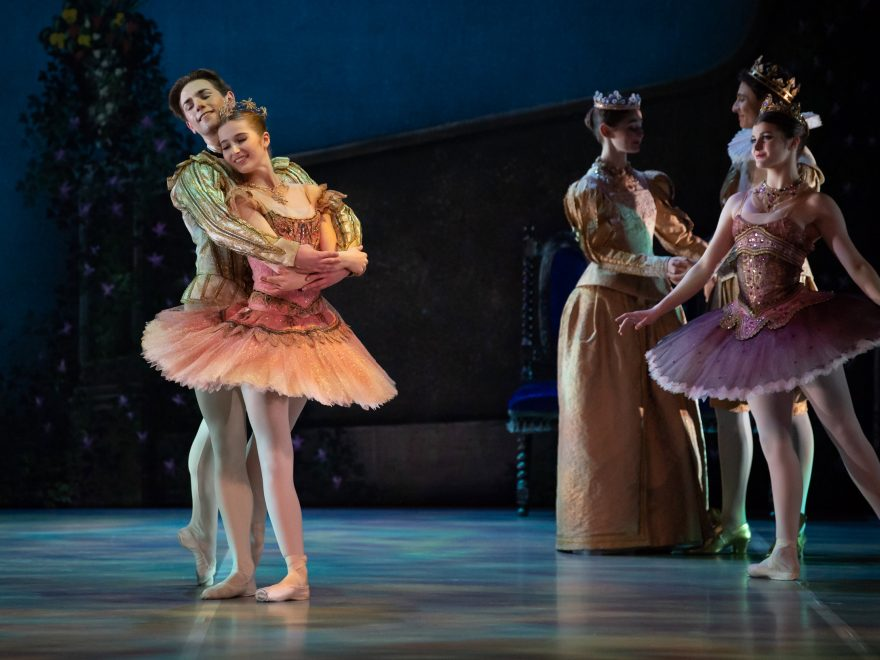 Eric Snyder as Prince Désiré and Evelina Andersson as Princess Aurora in My First Ballet: Sleeping Beauty © Photography by ASH