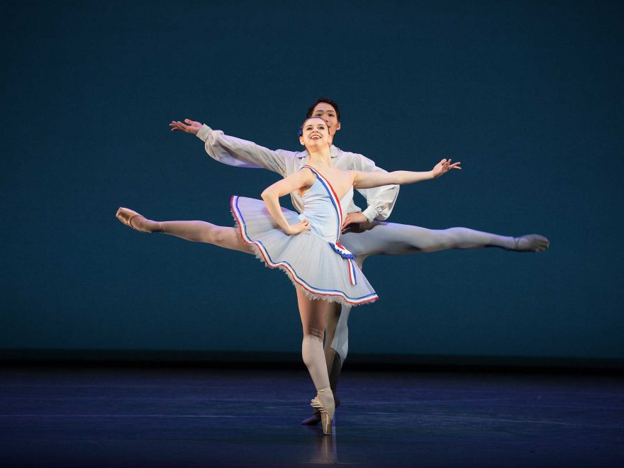 WEB-Julia-Conway-and-Rentaro-Nakaaki-dancing-Flames-of-Paris-(c)-Laurent-Liotardo