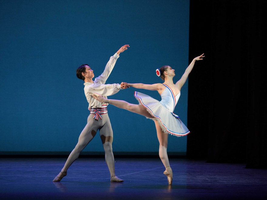 WEB-Rentaro-Nakaaki-and-Julia-Conway-dancing-Flames-of-Paris-(c)-Laurent-Liotardo