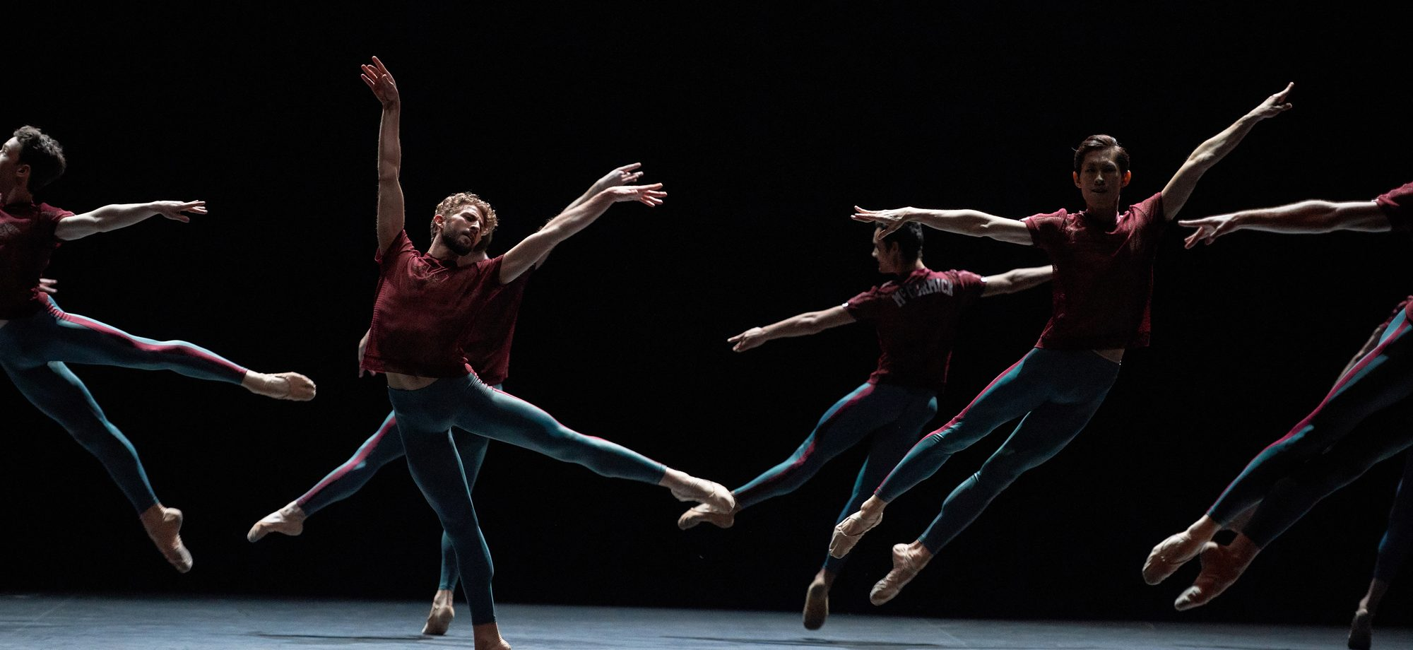 PRESS English National Ballet in Playlist (Track 1,2) by William Forsythe. © Laurent Liotardo (1)