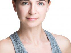 Lucy Lowndes Artist Headshot
