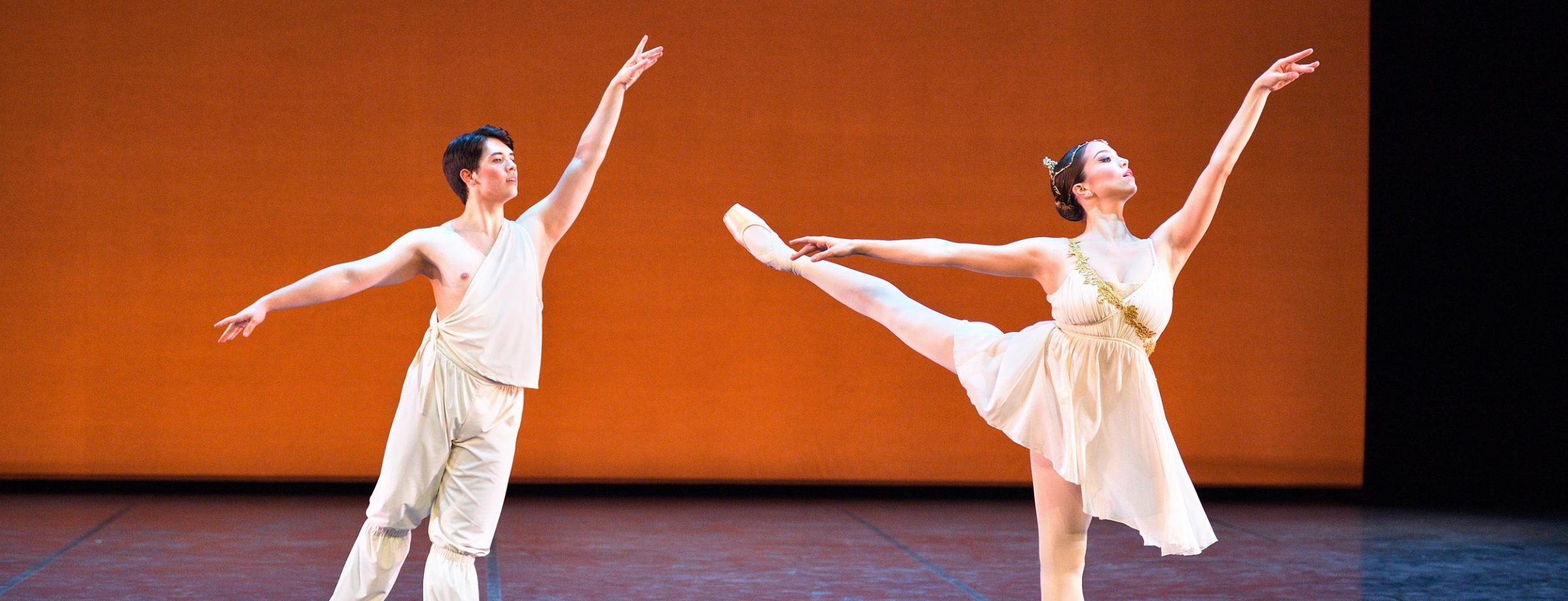William Yamada and Ivana Bueno performing Talisman pas de deux © Laurent Liotardo